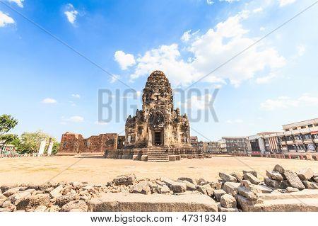 Buddhistische Tempel Phra Prang Sam Yod Pagode