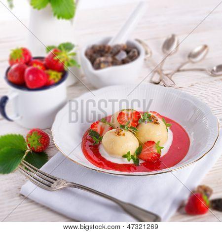 Dumplings With Strawberries
