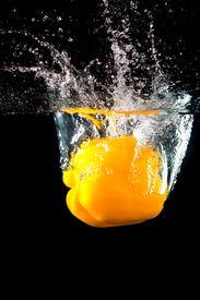 Frische gelbe Paprika