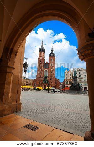 Saint Mary's Basilica and Rynek Glowny (main square) Krakow, Poland poster