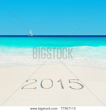 Yacht At Tropical Beach And 2015 Sandy Caption. Season Vacation Concept.