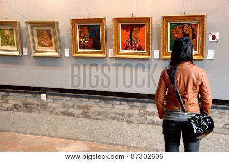 Chinese Art Gallery In Guangzhou