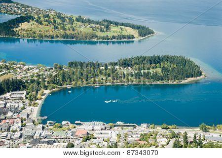 Queenstown On Shores Of Lake Wakatipu.