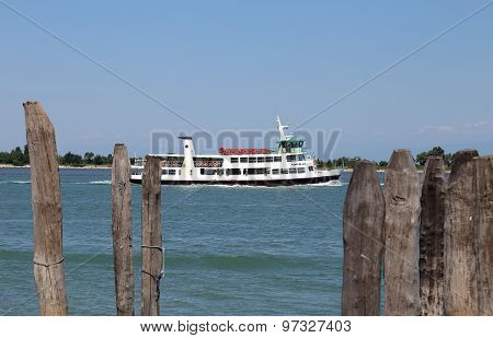 Venice, Ve - Italy. 14Th July, 2015: Vaporetto For The Transport Of Tourists On The Island Of Venice