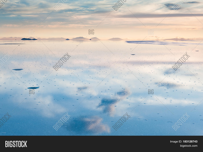 Salar De Uyuni Sunset Image Photo Free Trial Bigstock