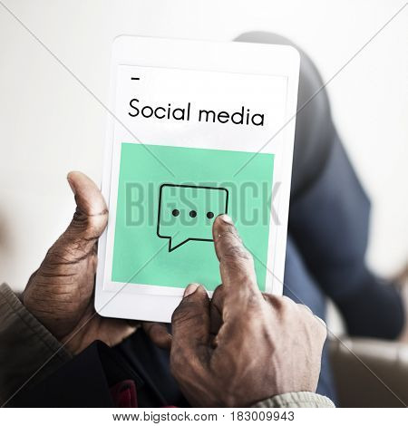 Social Media Connection Online