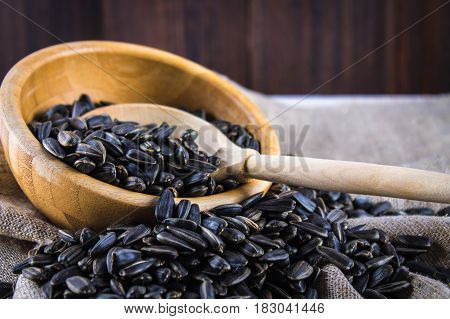 Fresh Sunflower Seed. Shelled Sunflower Seeds In Wood Bowl.