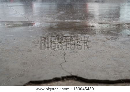 Semen  floor wet by the rain drop broke
