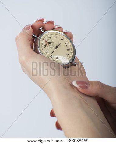 Sportswoman measures the heart rate beats 1