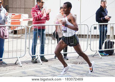 LONDON - APRIL 23, 2017: Bekele Kenenisa runs in the Virgin Money London Marathon on April 23, 2017 in Isle of Dogs.