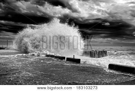 Wawe splashes sea storm horizon sky clouds wind