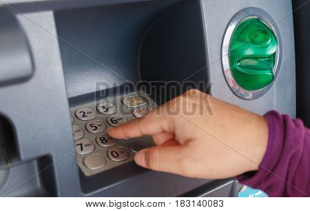 ATM machine keypad numbers Entering atm cash machine pin code