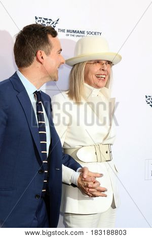 LOS ANGELES - APR 22:  Guest, Diane Keaton at the 2017 The Humane Society Gala at Parmount Studios on April 22, 2017 in Los Angeles, CA