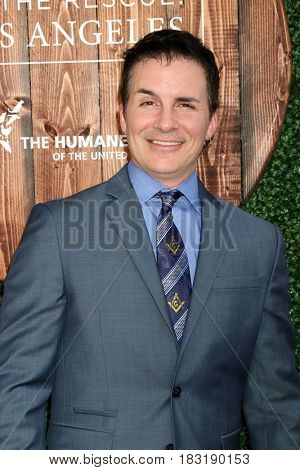 LOS ANGELES - APR 22:  Hal Sparks at the 2017 The Humane Society Gala at Parmount Studios on April 22, 2017 in Los Angeles, CA