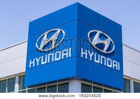 Indianapolis - Circa April 2017: Hyundai Motor Company Dealership. Hyundai is a South Korean Multinational Automotive Manufacturer IV