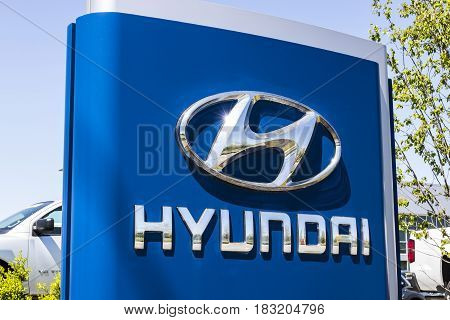 Indianapolis - Circa April 2017: Hyundai Motor Company Dealership. Hyundai is a South Korean Multinational Automotive Manufacturer VII