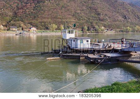 Ferry station across the Danube river between the villages of Sankt Lorenz and Weissenkirchen-in-der-Wachau. The Wachau Valley, Lower Austria.