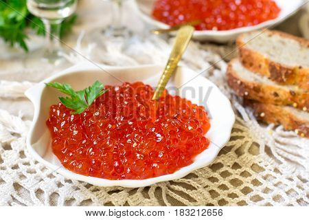 Salted salmon roe red caviar with bread