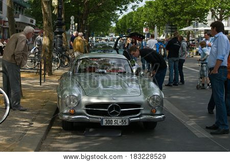 """BERLIN - MAY 28: Sports coupe Mercedes-Benz W198 (300SL) the exhibition """"125 car history - 125 years of history Kurfurstendamm"""" May 28 2011 in Berlin Germany"""