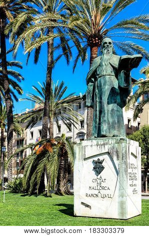 PALMA DE MALLORCA, SPAIN-MARCH 21, 2015: Bronze statue of philosopher and missionary Ramon LLVLL on the Paseo Maritimo in old town of Palma de Mallorca, Balearic Islands