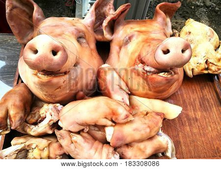 Pig's head and side dish to worship God is to give Him our love in the Traditions Of Thailand