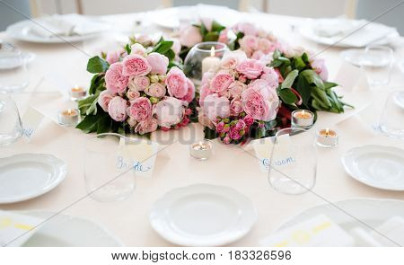 Table of bride and groom setting in wedding day