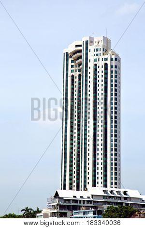 Bangkok Terrace     Office District Palaces         Skyscraper Reflex