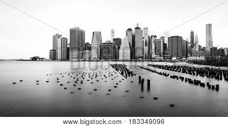 Manhattan skyline, black and white photo, view from Brooklyn, New-York, USA