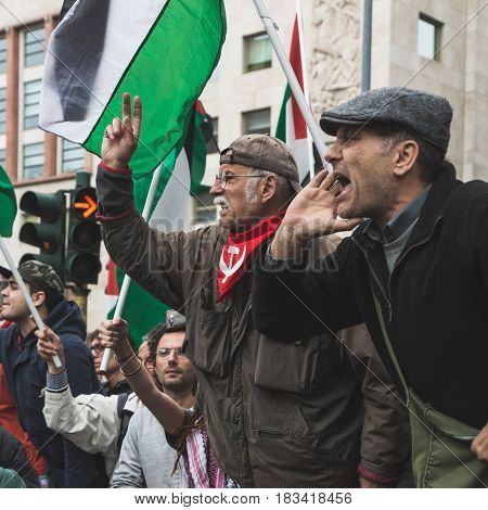 Pro-palestinian Demonstrators Contest The Jewish Brigade