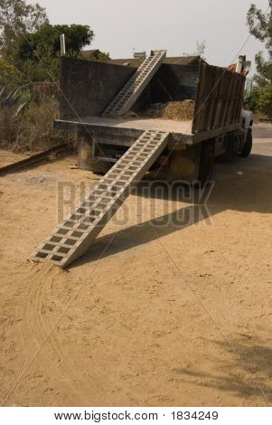 Work Truck With Wheelbarrell Ramps