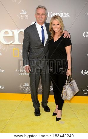 LOS ANGELES - APR 24:  Robert F. Kennedy Jr, Cheryl Hines at the National Geographic's