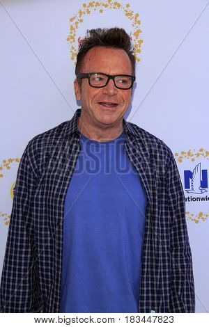 LOS ANGELES - APR 23:  Tom Arnold at the Safe Kids Day at the Smashbox Studios on April 23, 2017 in Culver City, CA