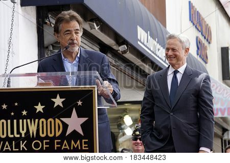 LOS ANGELES - APR 17:  Joe Mantegna, Gary Sinise at the Gary Sinise Honored With Star On The Hollywood Walk Of Fame on April 17, 2017 in Los Angeles, CA