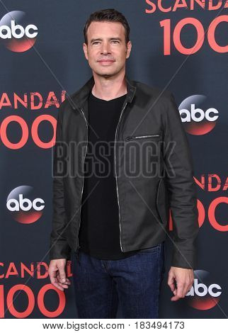 LOS ANGELES - APR 08:  Scott Foley arrives to the