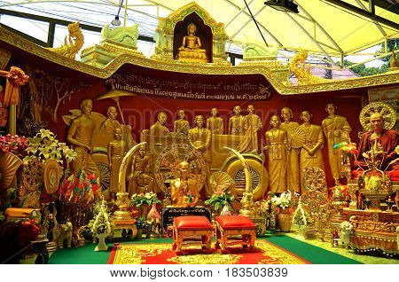 The Buddhist golden altar illuminates the world with its light, and the knights and tourists come to this altar and worship the Buddha in order to obtain remarkable philosophical knowledge.