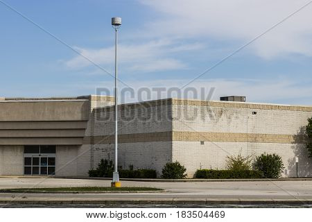 Marion - Circa April 2017: Recently shuttered Sears Retail Mall Location. According to a regulatory filing Sears Holdings Corp. lost more than $2 billion in 2016 IX