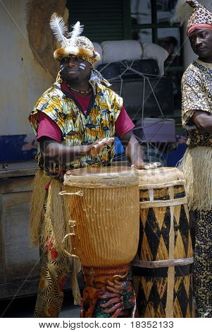 African drummers performing on the streets