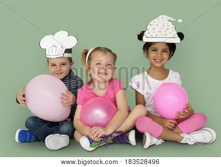 Little Kids Papercrafted Hats Balloon