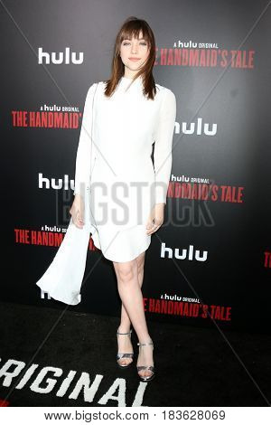 LOS ANGELES - APR 25:  Violett Beane at the Premiere Of Hulu's