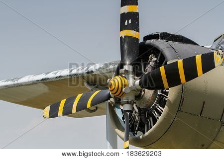 An 2 Airplane