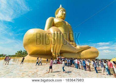 Panoramic View Of People Worship The Big Buddha