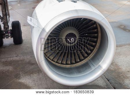 Turbine engine of airplane