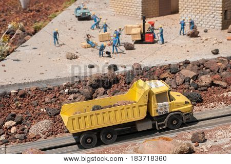 Miniature Of  Buildings Construction, At Mini Israel - A Miniature Park Located Near Latrun