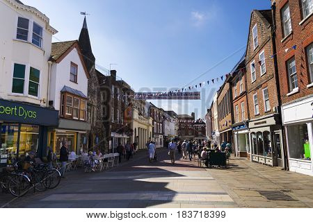 Chichester, United Kingdom - August 12: People Walk On Street On August 12, 2016 In Chichester, Unit