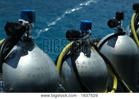Diving Tanks