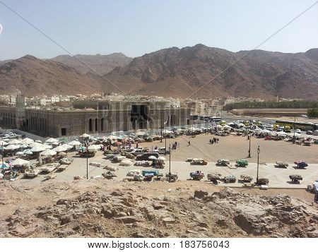 MADINAH, SAUDI ARABIA - AUGUST 20: Mount Uhud, mountain north of Medina, Saudi Arabia on August 20, 2015. It was the site of the second battle between Muslim and Meccan forces.