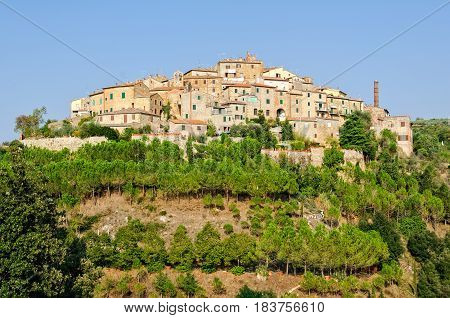 Castelmuzio, one of the many medieval hilltop hamlets in Tuscany, Italy
