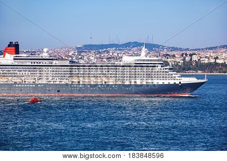 Queen Elizabeth Liner In Bosphorus