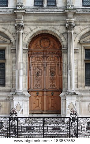 A renaissance front door in Paris, France