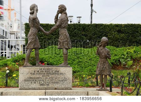 Statues of Japanese-US Friendship Girl Scouts in Japan